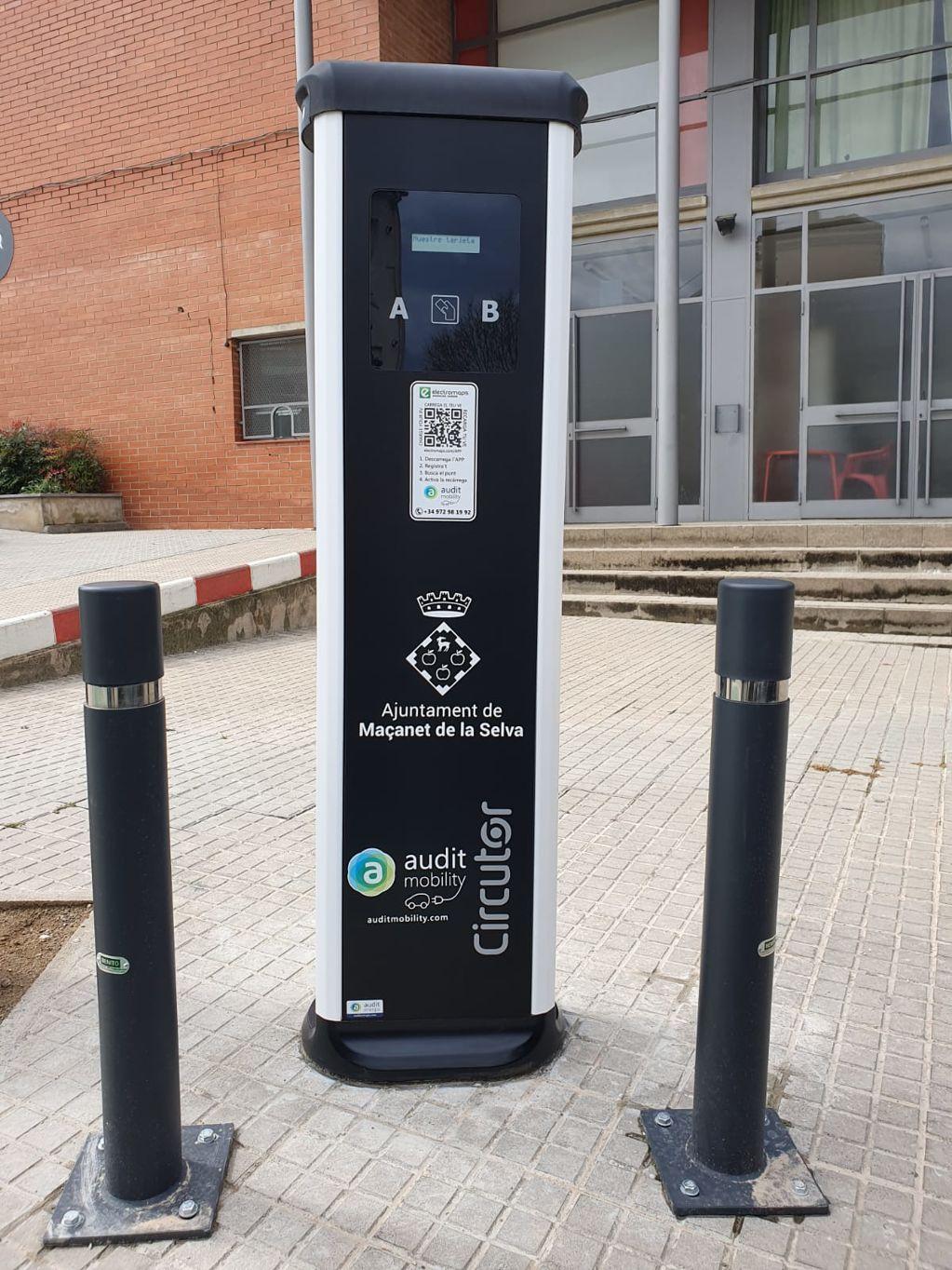 Nova estació pública i gratuïta de recàrrega per a vehicles elèctrics - 8f426-WhatsApp-Image-2021-03-19-at-13.10.33--1-.jpeg