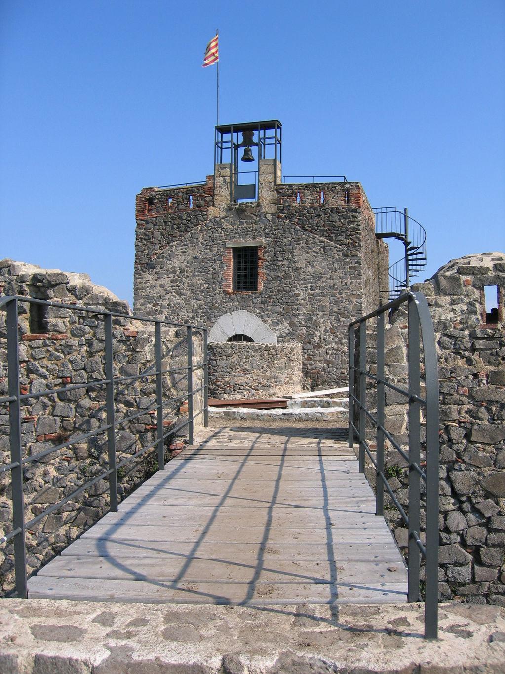 Castell de Torcafelló - b5625-Torcafello.jpg
