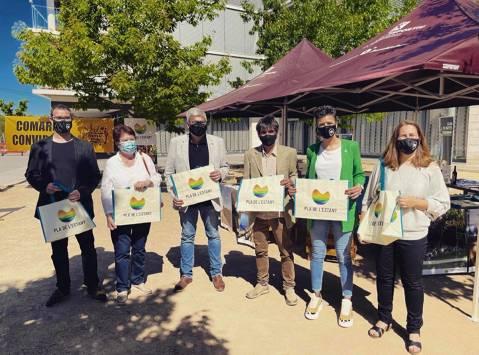 Maçanet de la Selva celebra amb èxit el mercat de la pagesia i l'artesania