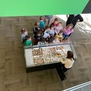 Es reprenen les visites escolars a la biblioteca municipal  - 4d0da-fotoefectos.com_--1-.jpg